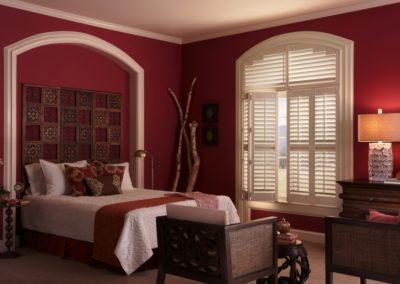 Bedroom-9EclipseShutters-1432-815-600-100-c