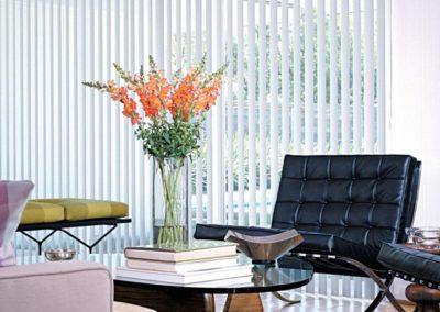 header_verticalselect_permassure_livingroom_0_0-1024x458